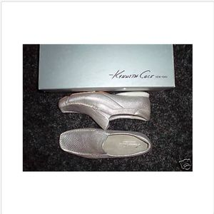 Kenneth Cole Shoes Slip On Sz 5 Silver Womens NIB